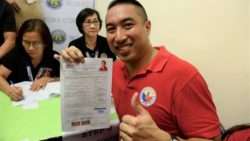 After failed recall petition, Zamora runs again for San Juan mayor
